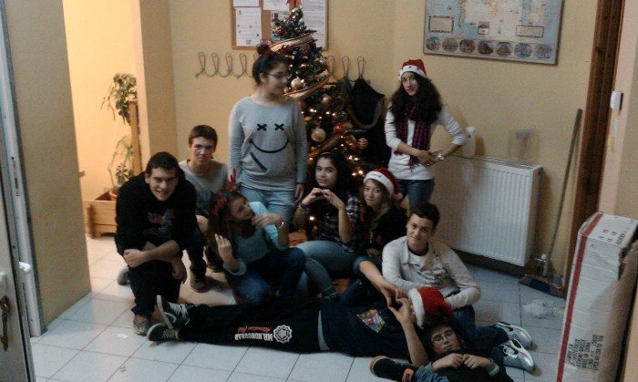 Xmas Decoration Crew 2012 Agioi Anargyroi
